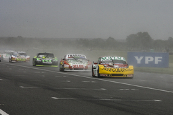 Nicolas Bonelli, Bonelli Competicion, Ford; Mariano Altuna, Altuna Competicion, Chevrolet, und Mauro Giallombardo, Maquin Parts Racing, Ford