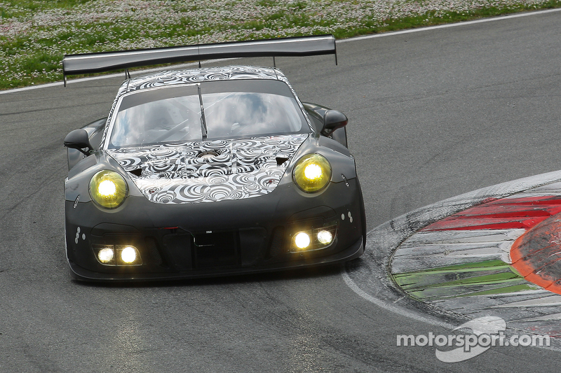 Porsche 911 GT3 R spek 2016