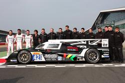 Nissan GT-R LM Nismo und #42 Strakka Racing, Dome Strakka S103-Nissan: Nick Leventis, Danny Watts, J