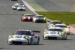 #91 Porsche Team Manthey 911 RSR: Річард Літц та Майкл Крістенсен та #92 Porsche Team Manthey 911 RSR: Патрік Пилі та Frederic Makowiecki