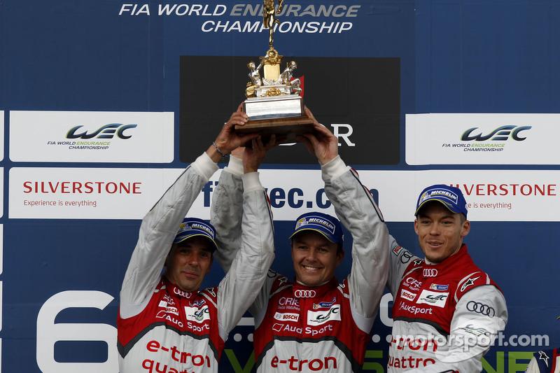 Para juara balapan: Benoit Tréluyer, Marcel Fassler, Andre Lotterer