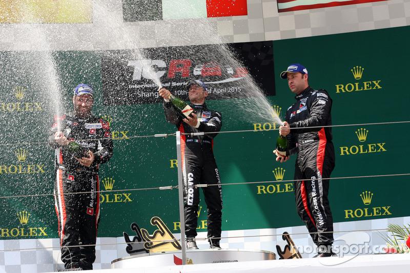 Podium Race 1: 1st position Gianni Morbidelli, Honda Civic TCR, West Coast Racing 2nd position Rene