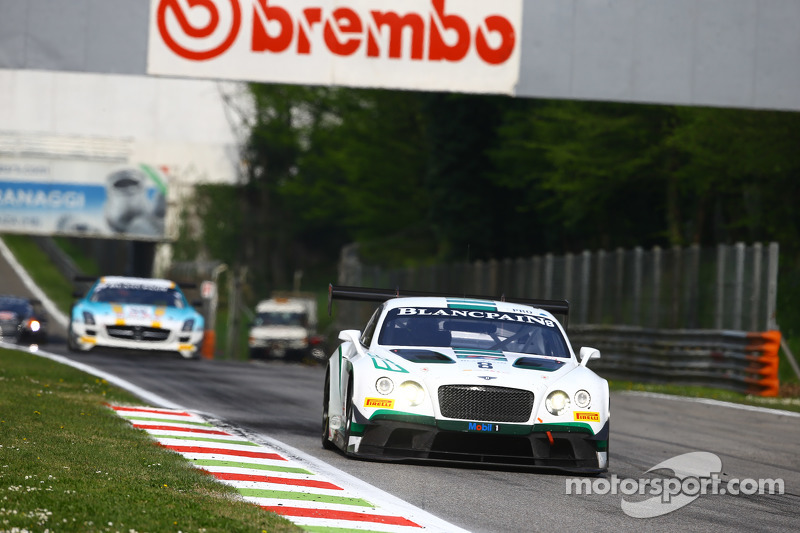 #8 Bentley Team M-Sport Bentley Continental GT3: Максиміліан Бук, Andy Soucek, Maxime Soulet