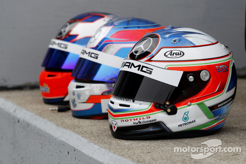 Helmet of Paul di Resta, HWA AG Mercedes-AMG C63 DTM at Oschersleben April test