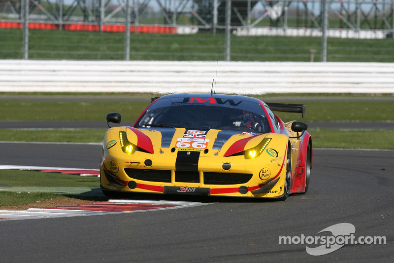 #66 JMW Motorsport,法拉利F458 Italia: George Richardson, Robert Smith, Sam Tordoff