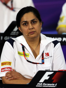 Monisha Kaltenborn, Sauber director del equipo en la conferencia de prensa de la FIA