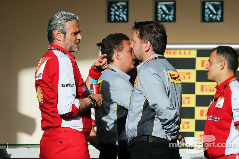 Мауріціо Аррівабене, Керівник Scuderia Ferrari з Пол Хембрі, директор Pirelli Motorsport