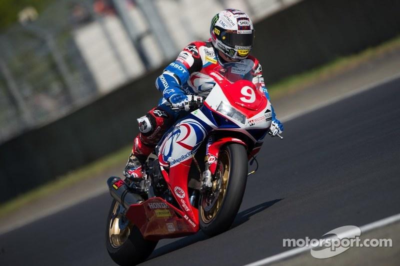 #9 Honda: John McGuinness, Conor Cummins, Daniel Stewart