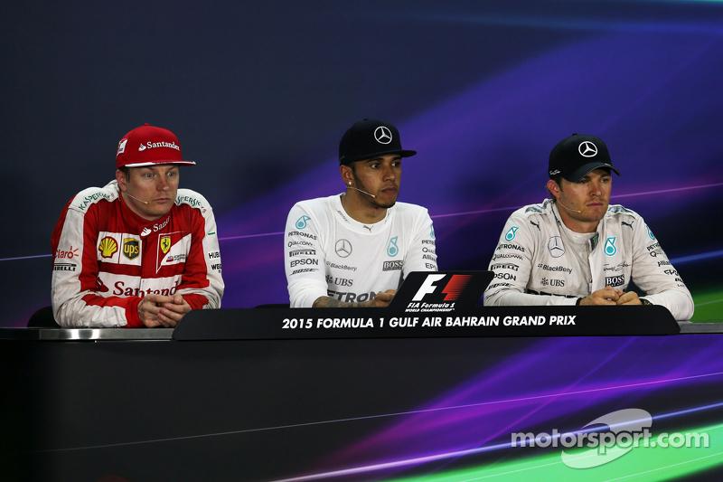 Die FIA-Pressekonferenz nach dem Rennen: 2. Kimi Räikkönen, Ferrari; 1. Lewis Hamilton, Mercedes AMG F1; 3. Nico Rosberg, Mercedes AMG F1