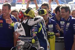 Валентино Росси, Yamaha Factory Racing и Кэл Кратчло, Team LCR Honda