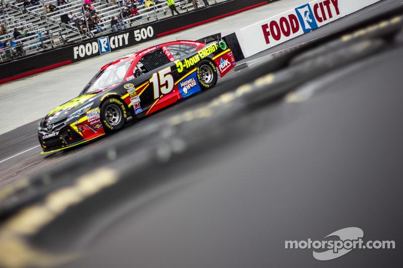 Клінт Бойєр, Michael Waltrip Racing Toyota