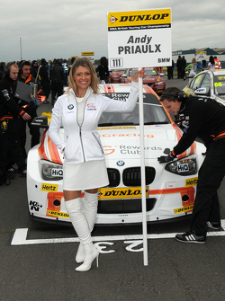 Team IHG Rewards Club Grid girl