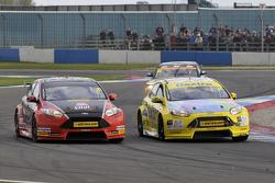 Mike Bushill, AmD Tuning.com et Alex Martin, Dextra Racing