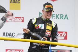 Race 3 winnaar Mick Schumacher, Van Amersfoort Racing