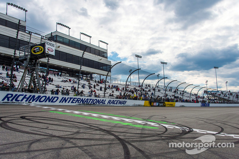 Reifenspuren am Richmond International Raceway