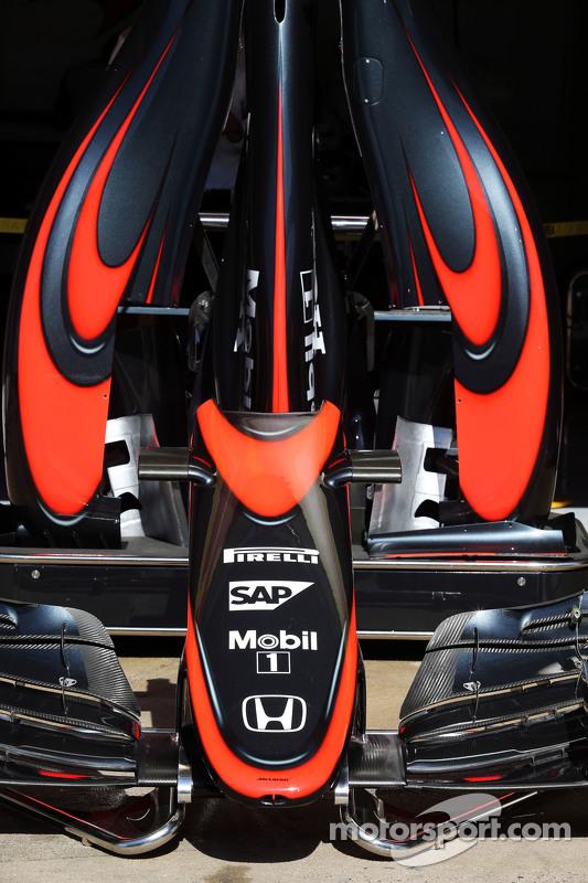 McLaren MP4-30 - yeni renk düzeni