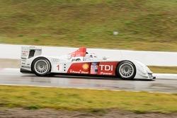#1 Audi Sport North America Audi R10: Frank Biela, Emanuelle Piro