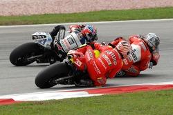 Sete Gibernau, Ducati; Casey Stoner, LCR Honda; Marco Melandri, Gresini Honda