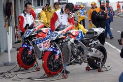 Honda LCR pit area