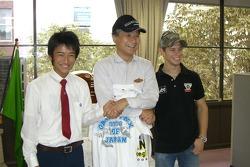 Casey Stoner, LCR Honda, zu Besuch in einer Schule in Japan