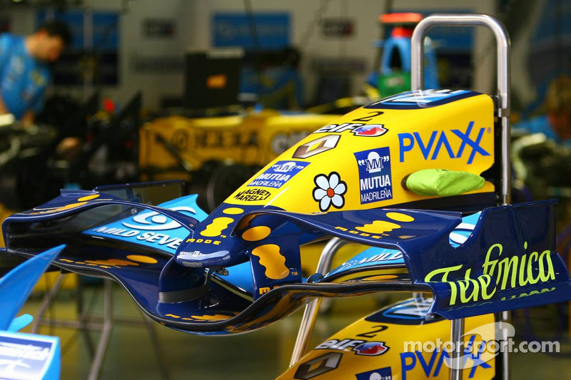 Ala delantera de Renault F1 Team