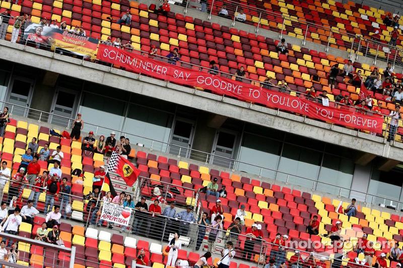 Un banner para Michael Schumacher