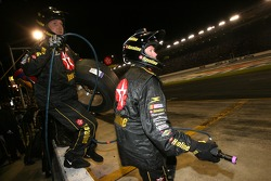 Texaco/Havoline Dodge crew members ready for a pitstop