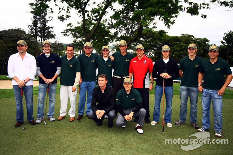 Tournoi de golf : Gil de Ferran, Nelson A. Piquet, David Coulthard et des amis