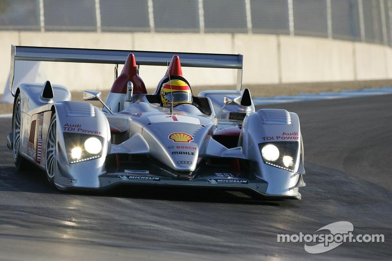 #1 Audi Sport North America Audi R10 TDI Power: Frank Biela, Emanuele Pirro