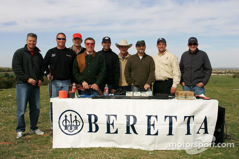 Beretta Celebrity Clay Shoot au Ranch Circle T à Fort Worth au Texas : une photo des célébrités