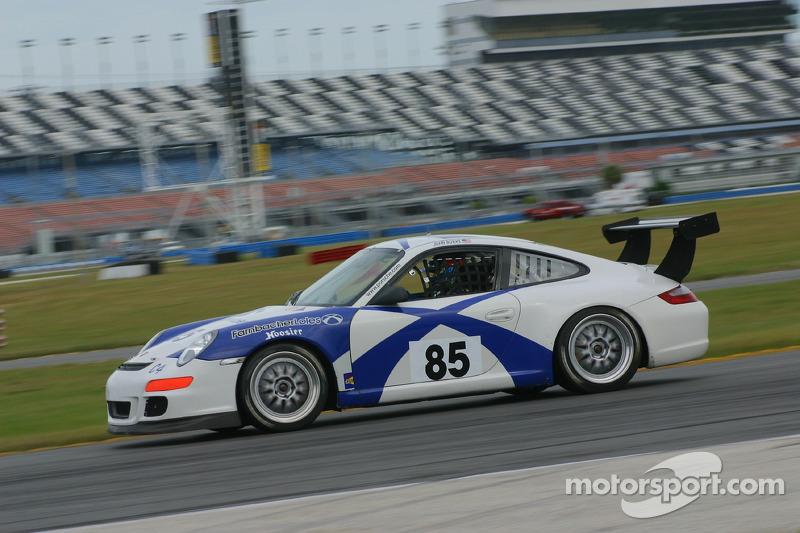 La Porsche 997 n°85 du Farnbacher Loles Motorsports : Larry Bowman, Don Bell, Lance Willsley,Shawn Price, Dominik Farnbacher