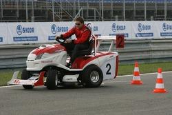 Journée des RP, Mountfield Cup on Tractors : Christian Murchison