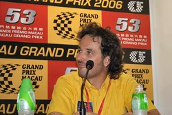 Press conference: Yvan Muller