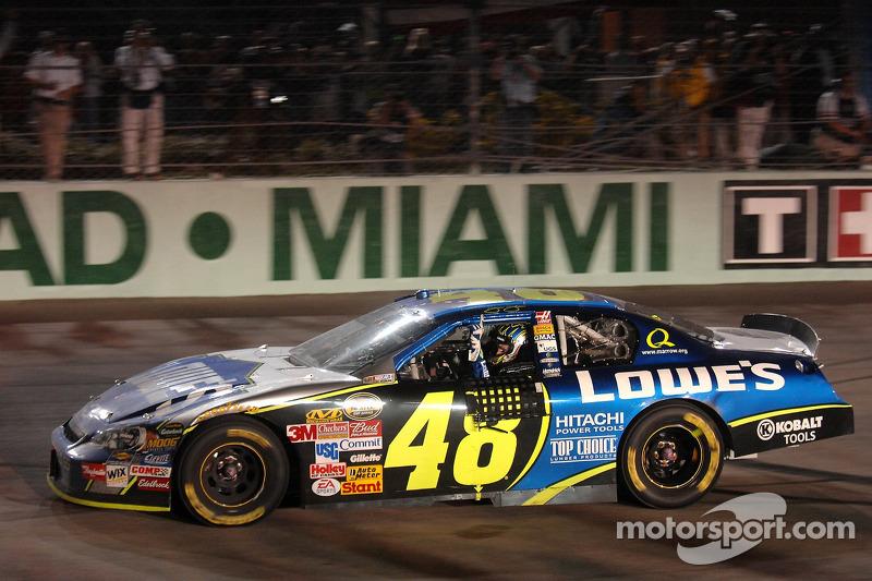 2006: Jimmie Johnson - Hendrick Motorsports - Chevrolet