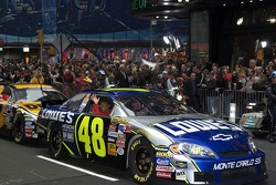 Jimmie Johnson leads the way on the streets of New York for the Victory Lap