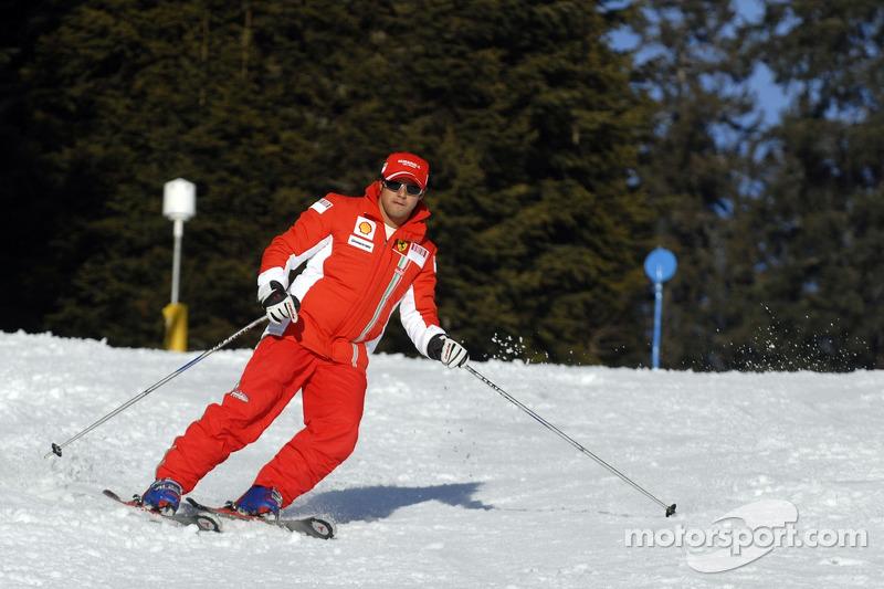 Felipe Massa on ski