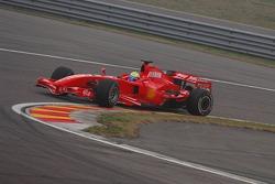 Felipe Massa testet den neuen Ferrari F2007