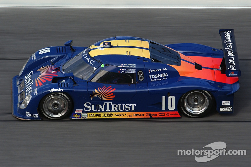 #10 Suntrust Racing, Pontiac Riley: Wayne Taylor, Max Angelelli, Jeff Gordon, Jan Magnussen