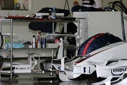 BMW Sauber F1 Team garage