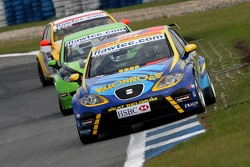 Pierre-Yves Corthals, SEAT Belgique and Monroe, SEAT Leon and Emmet O'Brien, GR Asia, SEAT Leon