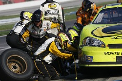 Pitstop for Paul Menard