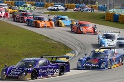 #39 Cheever Racing Porsche Crawford: Christian Fittipaldi, Harrison Brix leads #10 SunTrust Racing Pontiac Riley: Max Angelelli, Jan Magnussen