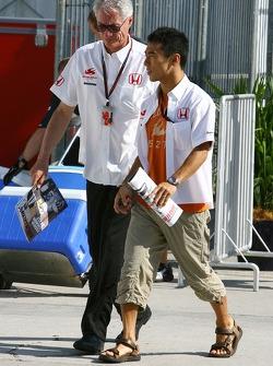 Takuma Sato, Super Aguri F1 and Daniele Audetto, Super Aguri F1