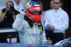 Race winner Gary Paffett, Persson Motorsport AMG Mercedes