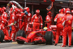 Felipe Massa, Scuderia Ferrari, F2007 pitstop