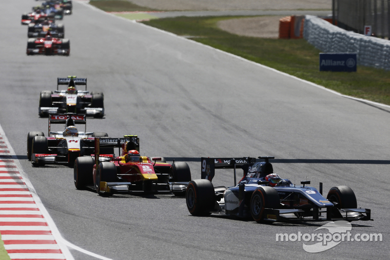 Mitch Evans, RUSSIAN TIME, vor Alexander Rossi, Racing Engineering, und Arthur Pic, Campos Racing
