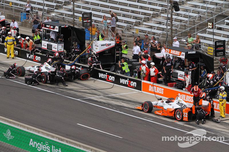 Will Power, Team Penske Chevrolet, e Simon Pagenaud, Team Penske Chevrolet