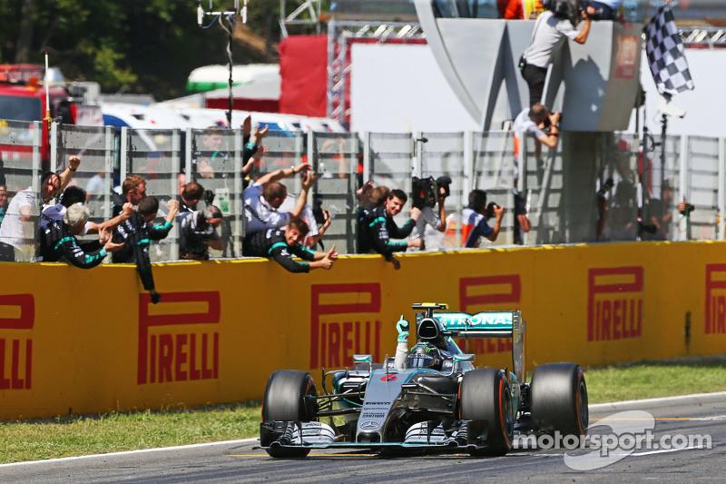 Kazanan: Nico Rosberg, Mercedes AMG F1 W06