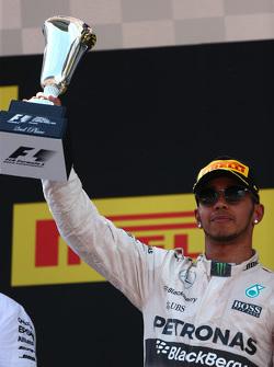 Le deuxième, Lewis Hamilton, Mercedes AMG F1