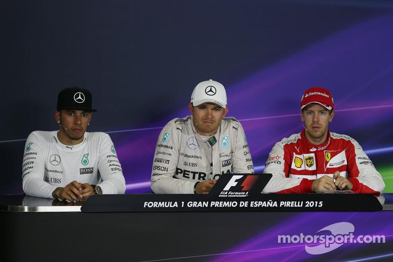 Die FIA-Pressekonferenz nach dem Rennen: Lewis Hamilton, Mercedes AMG F1; Nico Rosberg, Mercedes AMG